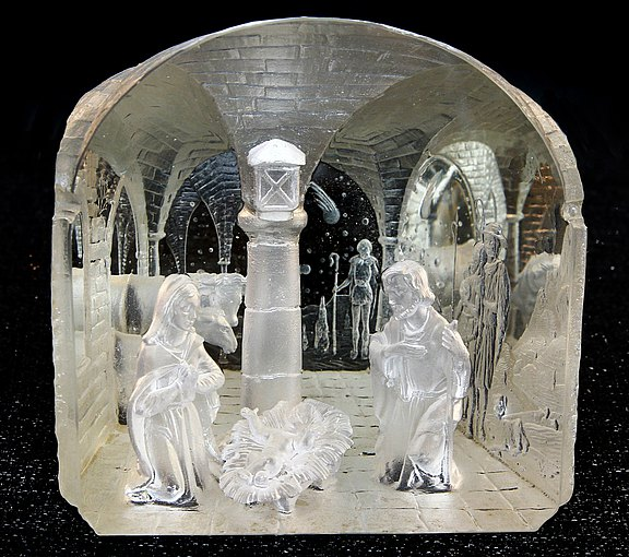 Klepsch nativity scene in a glas block